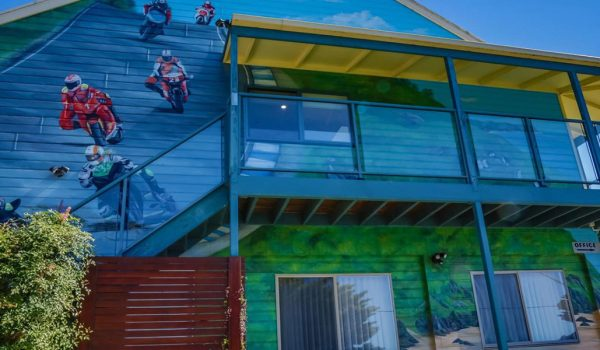 img-pic-accommodation-phillip-island-off-track-accommodation